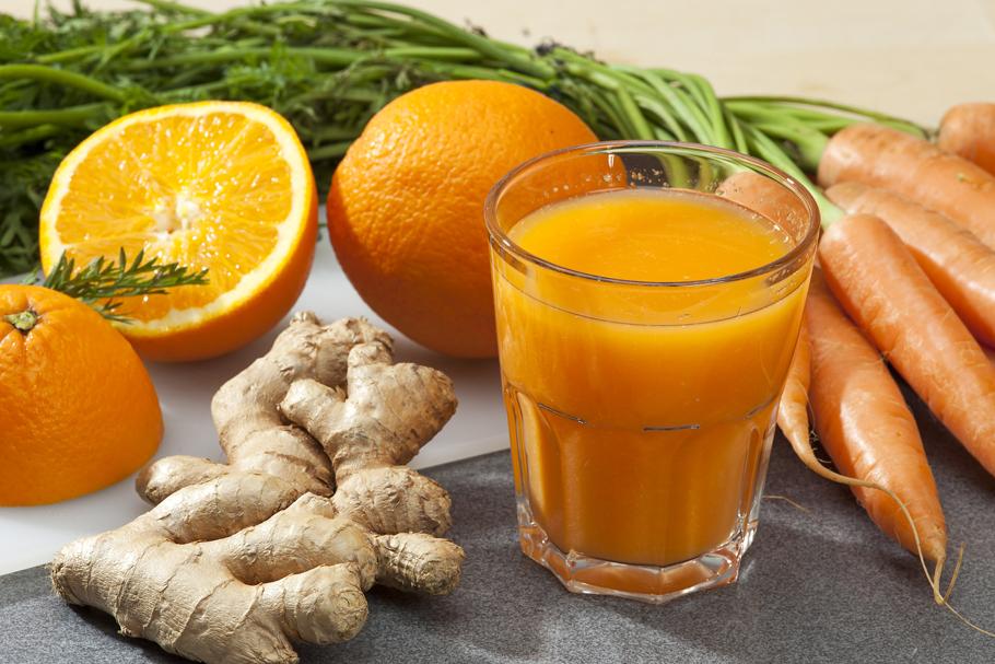 Koktajl pomarańczowo-marchewkowy do pracy