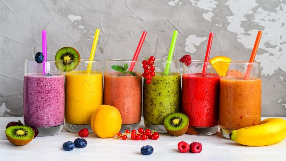 8 przepisów na soki dodające energii